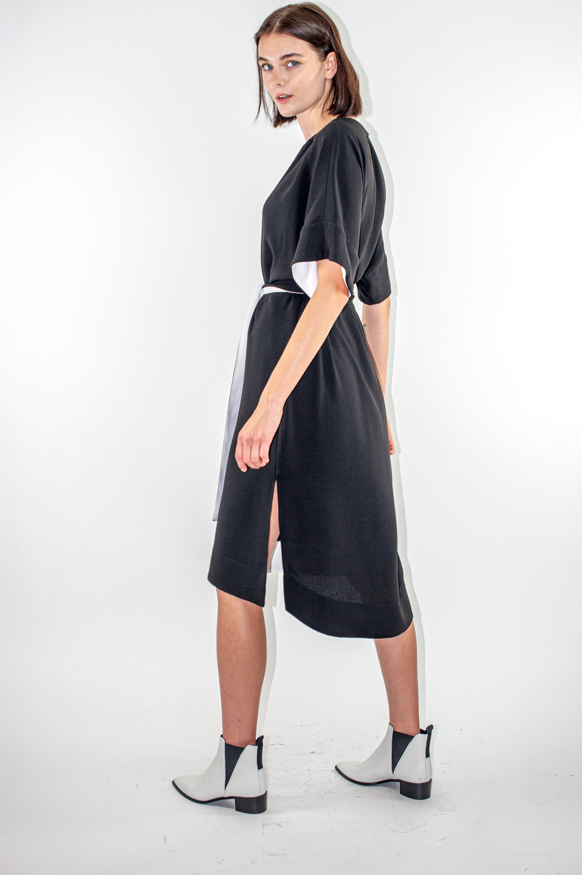 Wildwood - Between Dress | Black