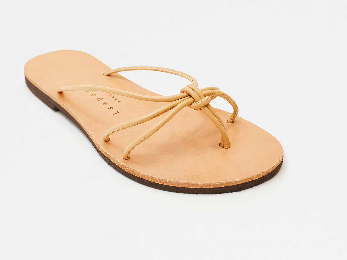 Isapera - Knot Sandals - Natural