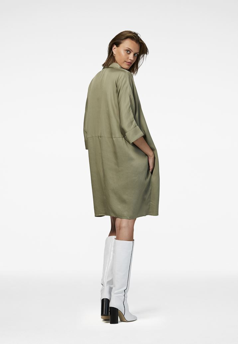 The khaki shirt dress Eline made of lyocell