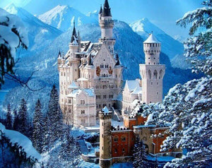 Neuschwanstein Castle in Winter - diamond-painting-bliss.myshopify.com