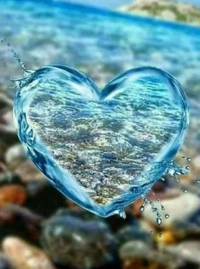 Water Heart DIY Painting Kit - diamond-painting-bliss.myshopify.com