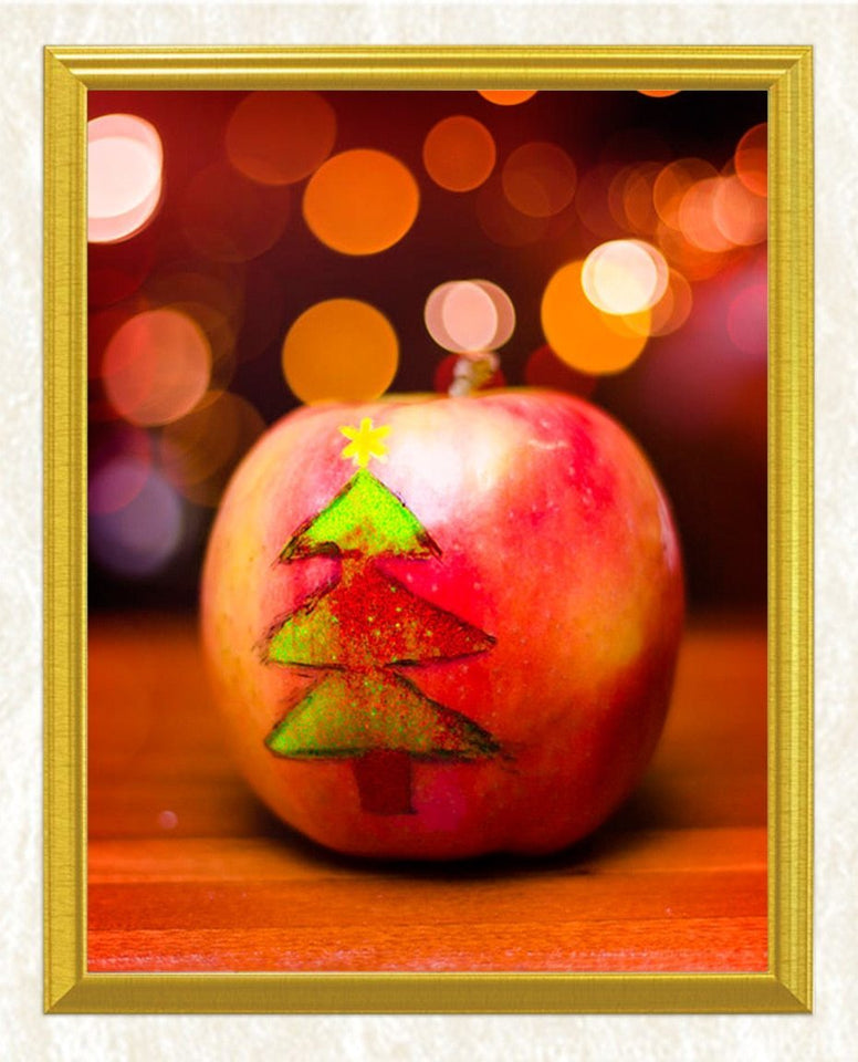 Christmas Tree on Apple DIY Diamond Painting - diamond-painting-bliss.myshopify.com