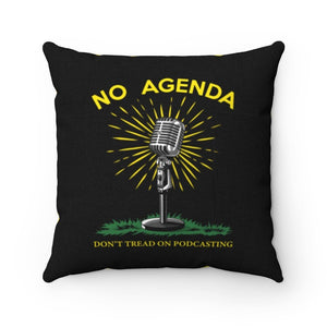 DONT TREAD ON PODCASTING - throw pillow