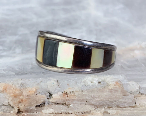 Sterling Mother of Pearl Striped Inlay Ring, Size 8.5