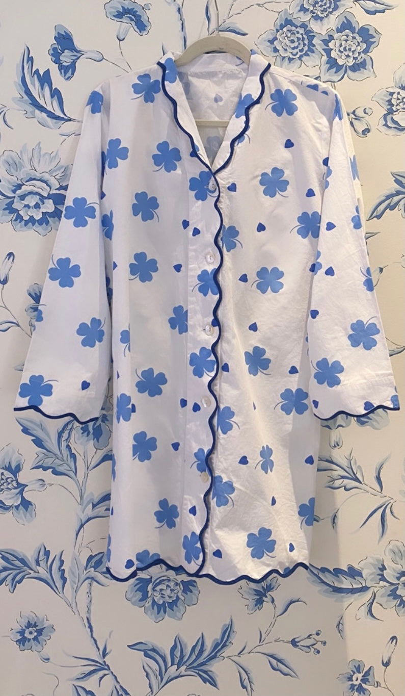 Blue Clover and Heart Scalloped Nightshirt