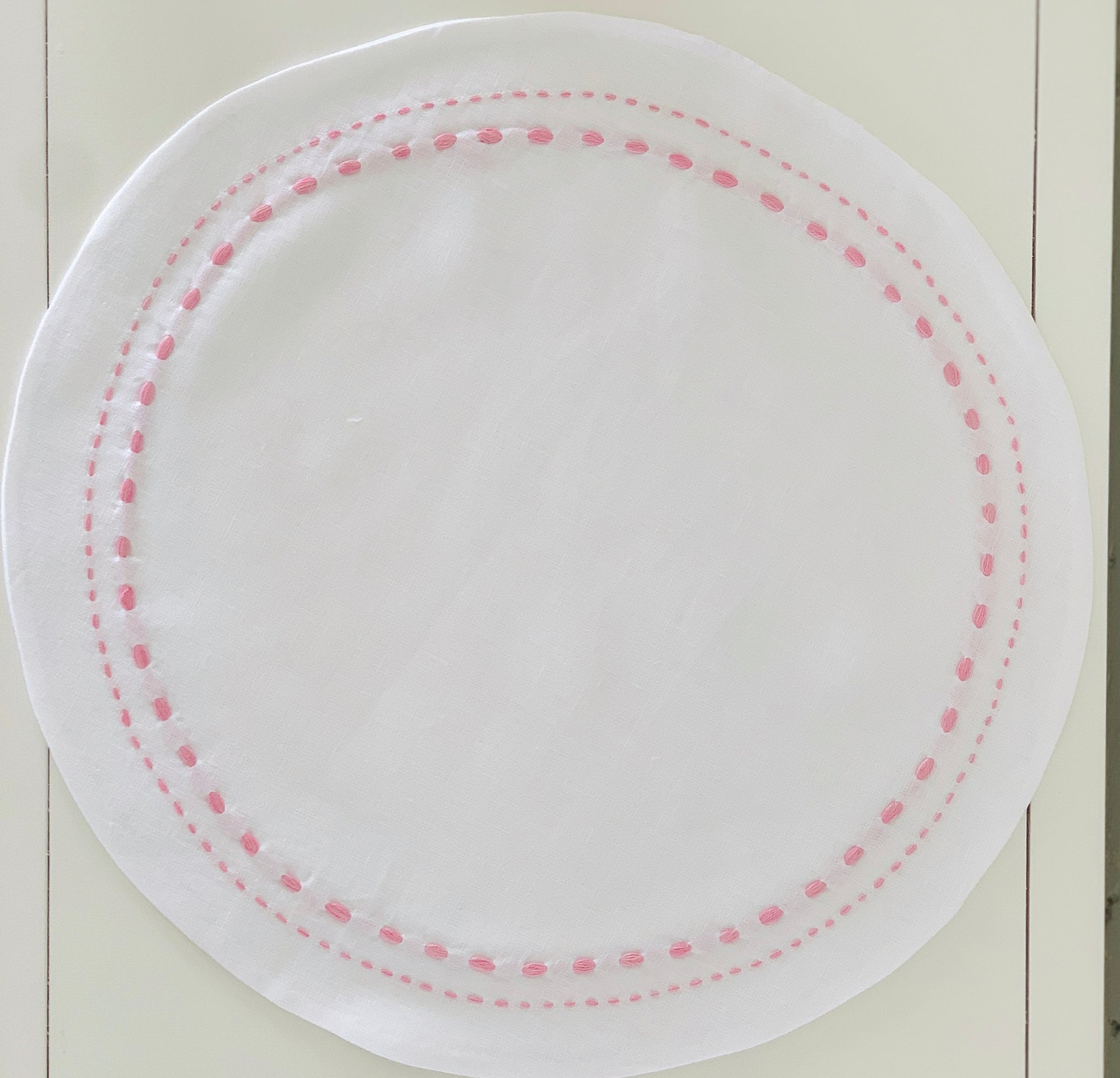White and Pink Round Double-Stitched Placemat