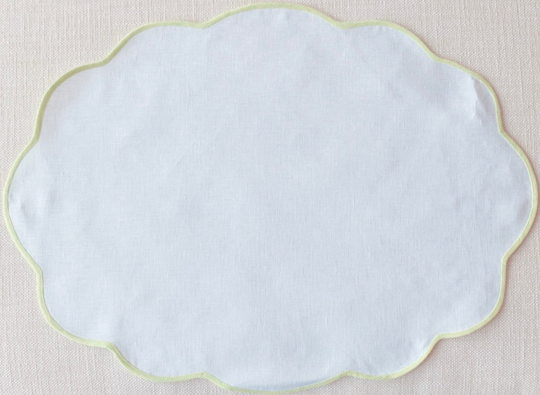 White and Green Oval Scalloped Placemat