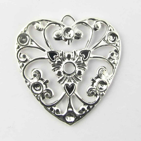 Metal 26mm filigree heart silver 2pcs