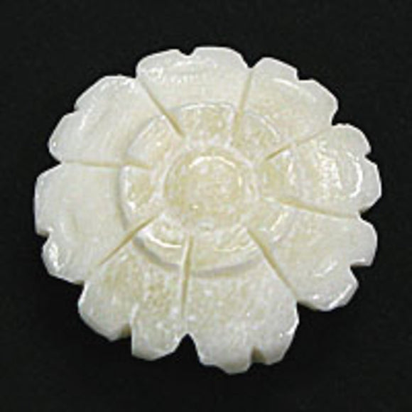 Bone 21mm flower rnd white pdant 4pcs
