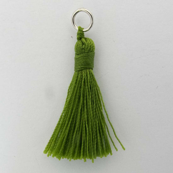 Thread 30mm Tassel olive 4pcs