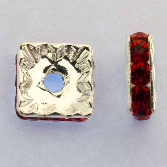 Metal 10mm squ diamante rond sil/red 14p