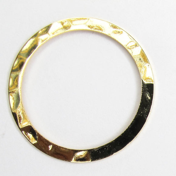 Metal 25mm ring hammered NF GLD 6p