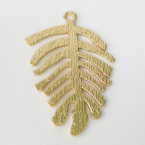 Metal 40x25mm fern drop NF GLD 4pcs