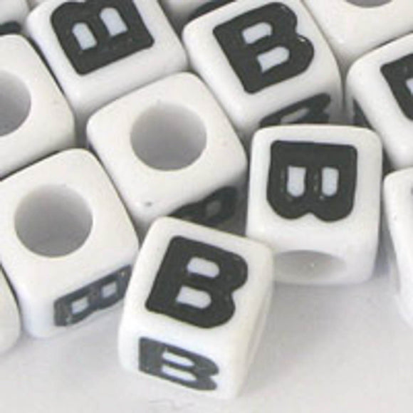 Plas 7mm cube black/white letter B 20pcs