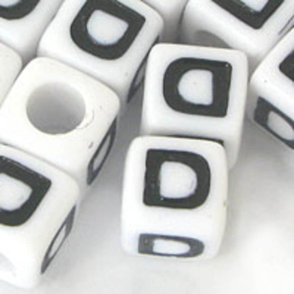 Plas 7mm cube black/white letter D 20pcs