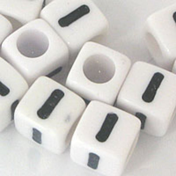 Plas 7mm cube black/white letter I 20pcs