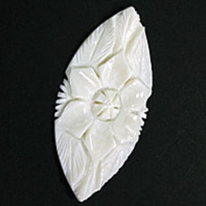 Bone 75x36mm flow/leaf white 4pcs