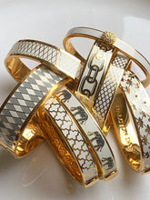 Load image into Gallery viewer, Halcyon Days Bee Sparkle Trellis Cream & Gold Bangle