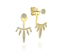 Load image into Gallery viewer, Gucci Gold Icon Blooms Pendant Necklace