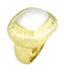 RAYMOND MAZZA HAMMERED RING WITH MABE PEARL