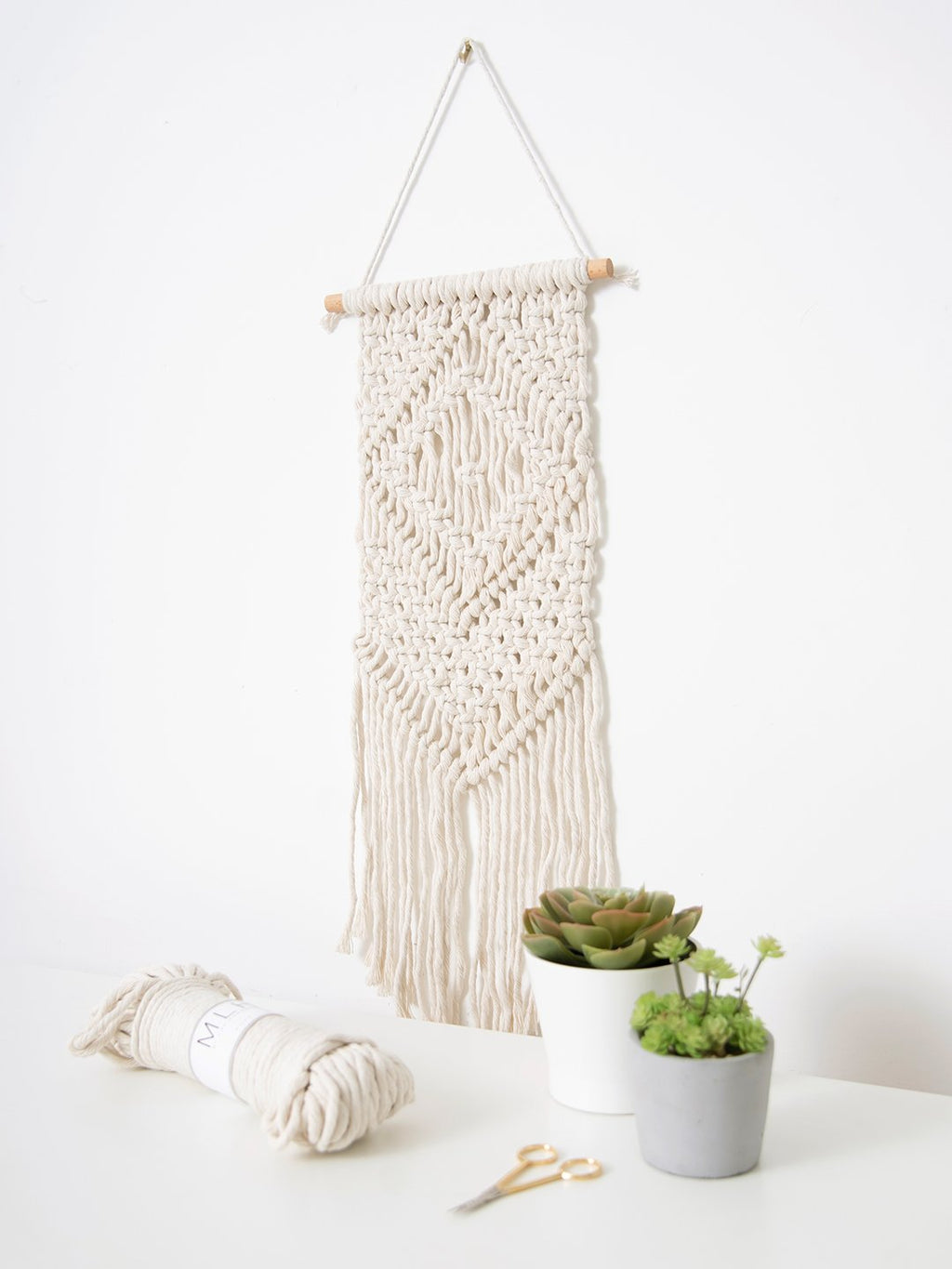 Large Macramé Wall Hanging Craft Kit
