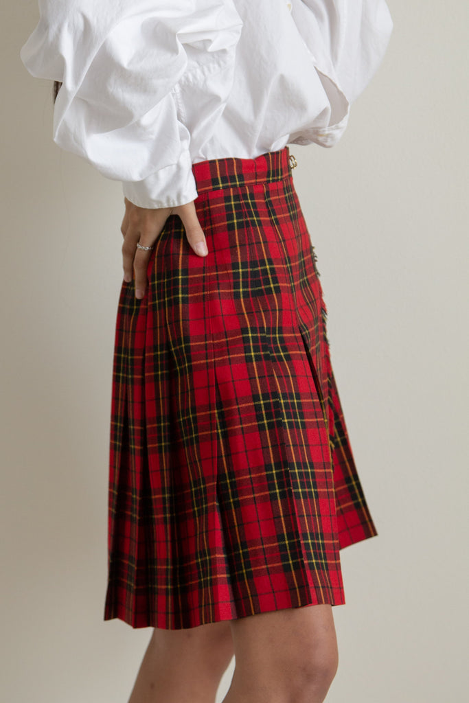 Vintage red plaid tartan wool wrap skirt // M