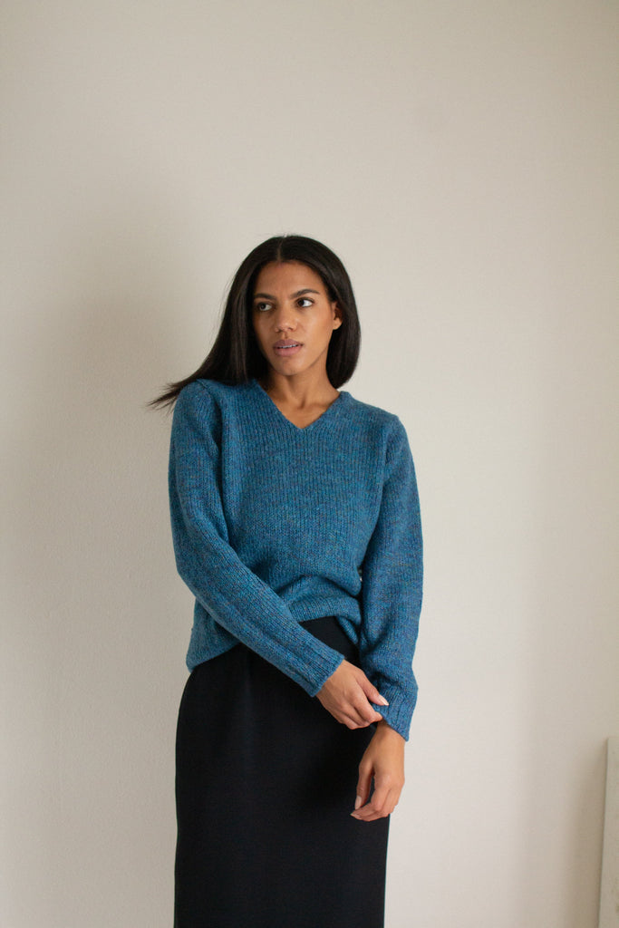 Vintage blue wool and mohair blend chunky knit sweater // M