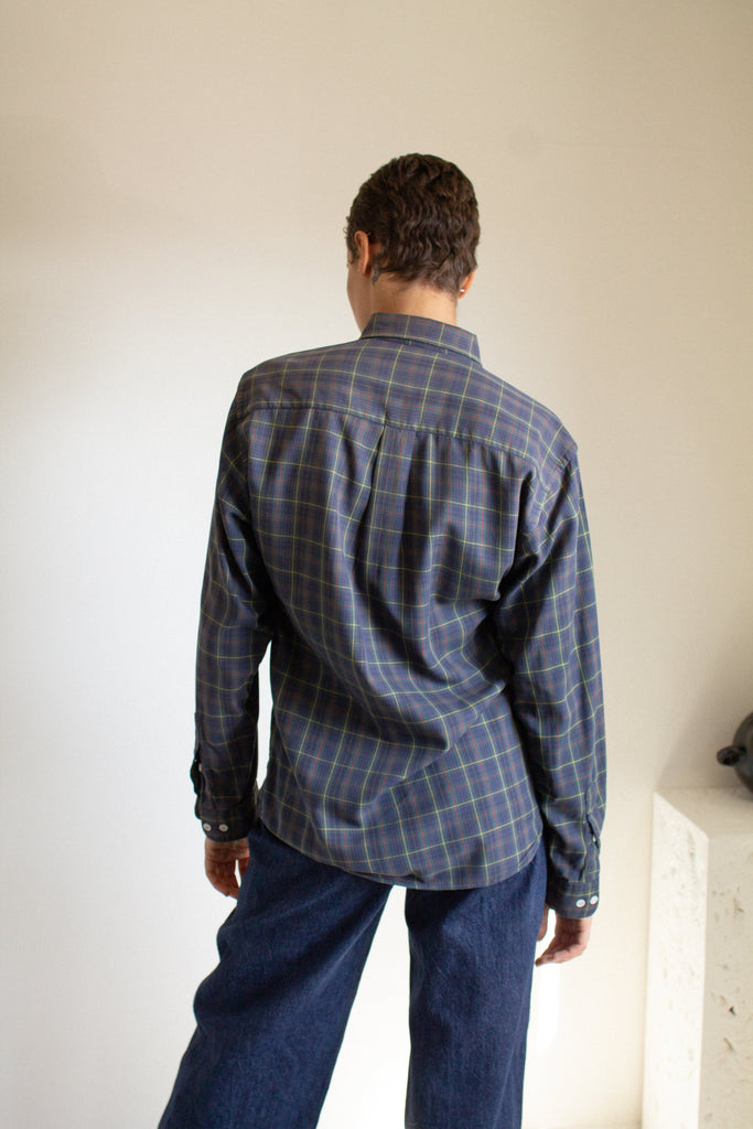 Vintage navy cotton plaid button up shirt // XL