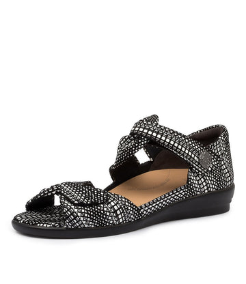 Women's Ziera Doxie in Black White Leather sku: ZR10068BVILE
