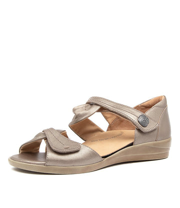 Women's Ziera Doxie in Greige Leather sku: ZR10068NK6LE