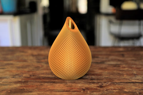 golden water-droplet flower vase