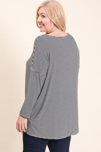 BLACK & WHITE STRIPE 3/4 SLEEVE TOP