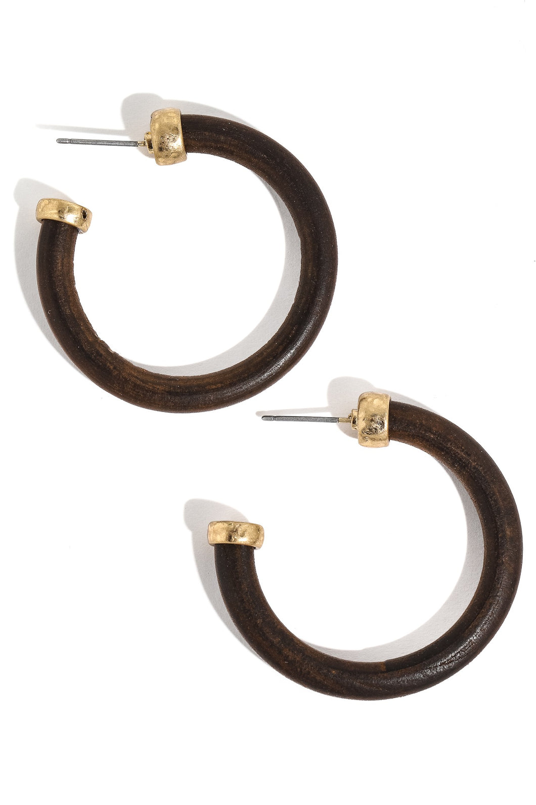 ROUNDED WOODEN HOOP EARRINGS