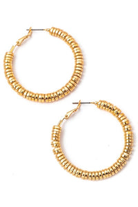 METALLIC DISC HOOP EARRINGS