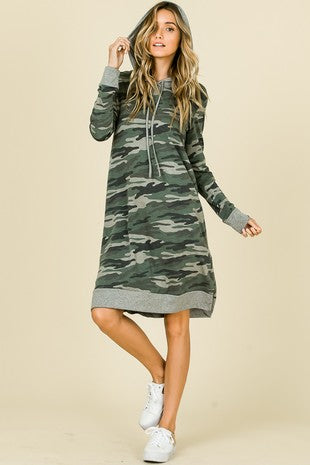 CAMO PRINT HOODED DRESS