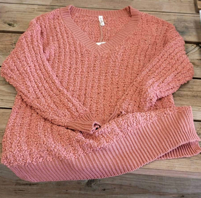 DUSTY ROSE SWEATER