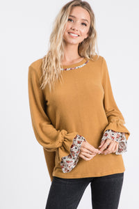 KNIT TOP WITH FLORAL CHIFFON SLEEVES