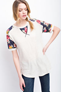SHORT SLEEVE SOLID FLORAL TOP