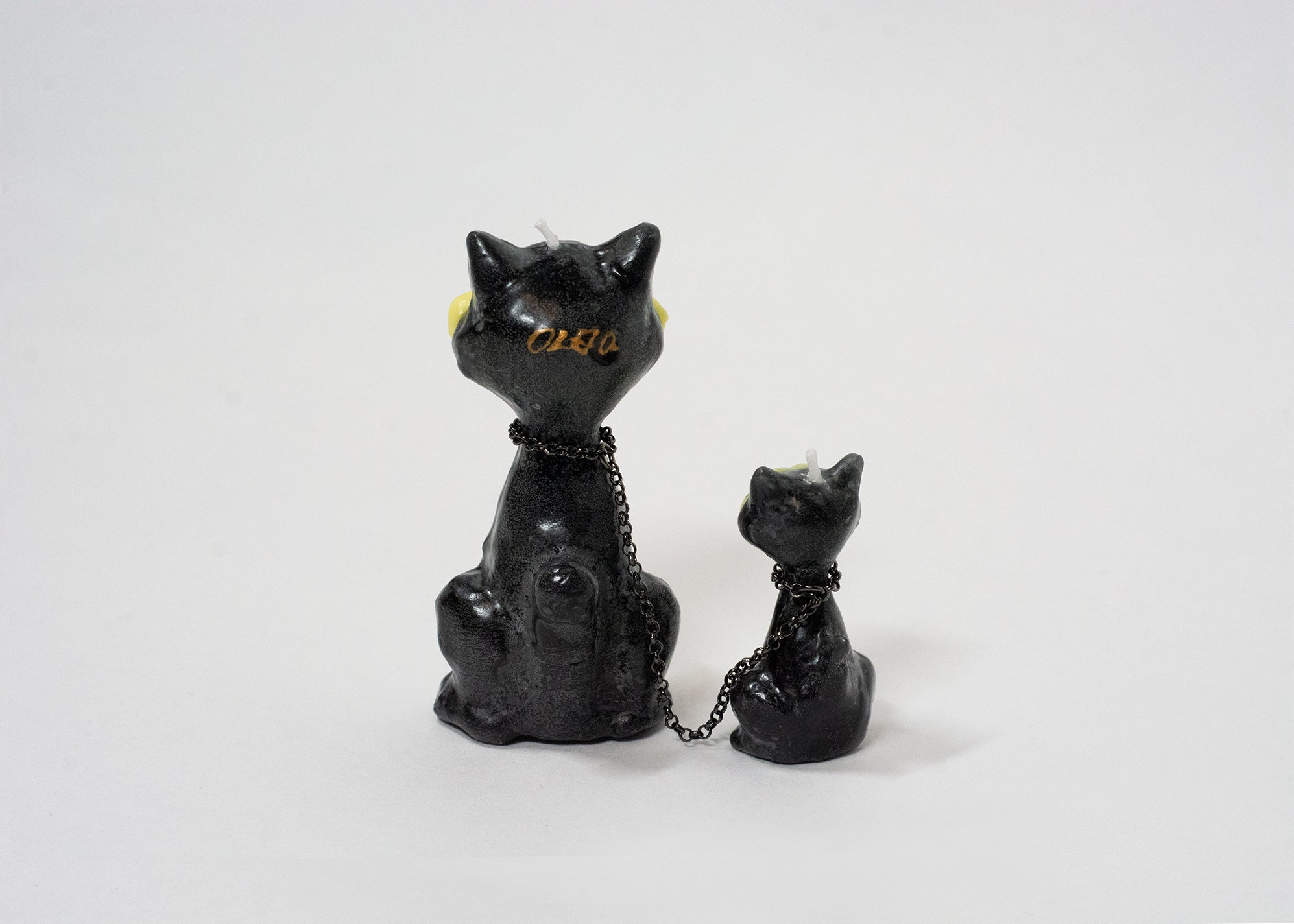 Thief Cats Candle