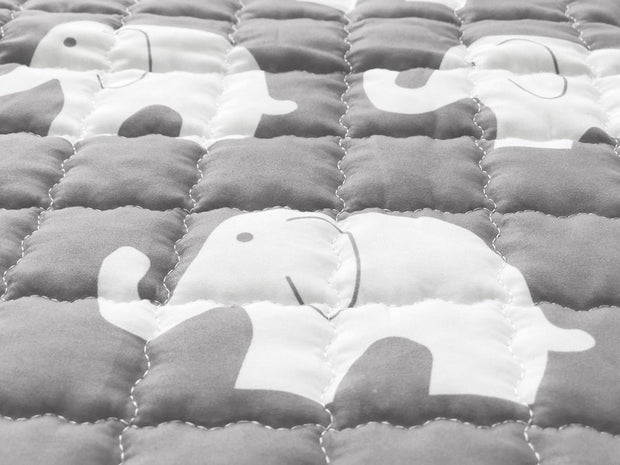 Elephants Round Cotton Baby Play Mat 150-150 cm closeup 2