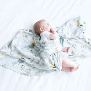 Uptown Baby Swaddle Wrap 120-120 cm with baby