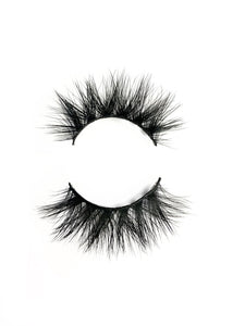 "Lash style ""Libby"""