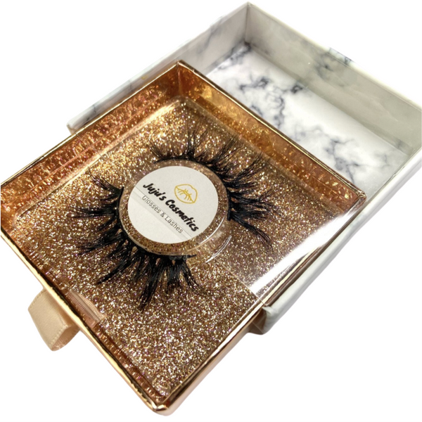 "Lash style ""Gold digger"""