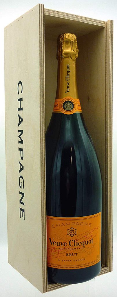 Veuve Clicquot Yellow Label Brut Champagne Magnum, 150cl in Wooden Gift Box