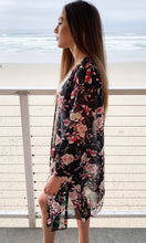 Load image into Gallery viewer, Floral kimono duster