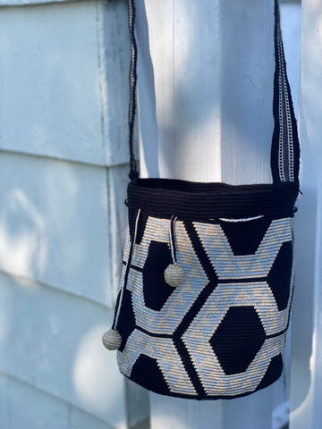 Wayuu Silk Mochila Bag MEDIUM