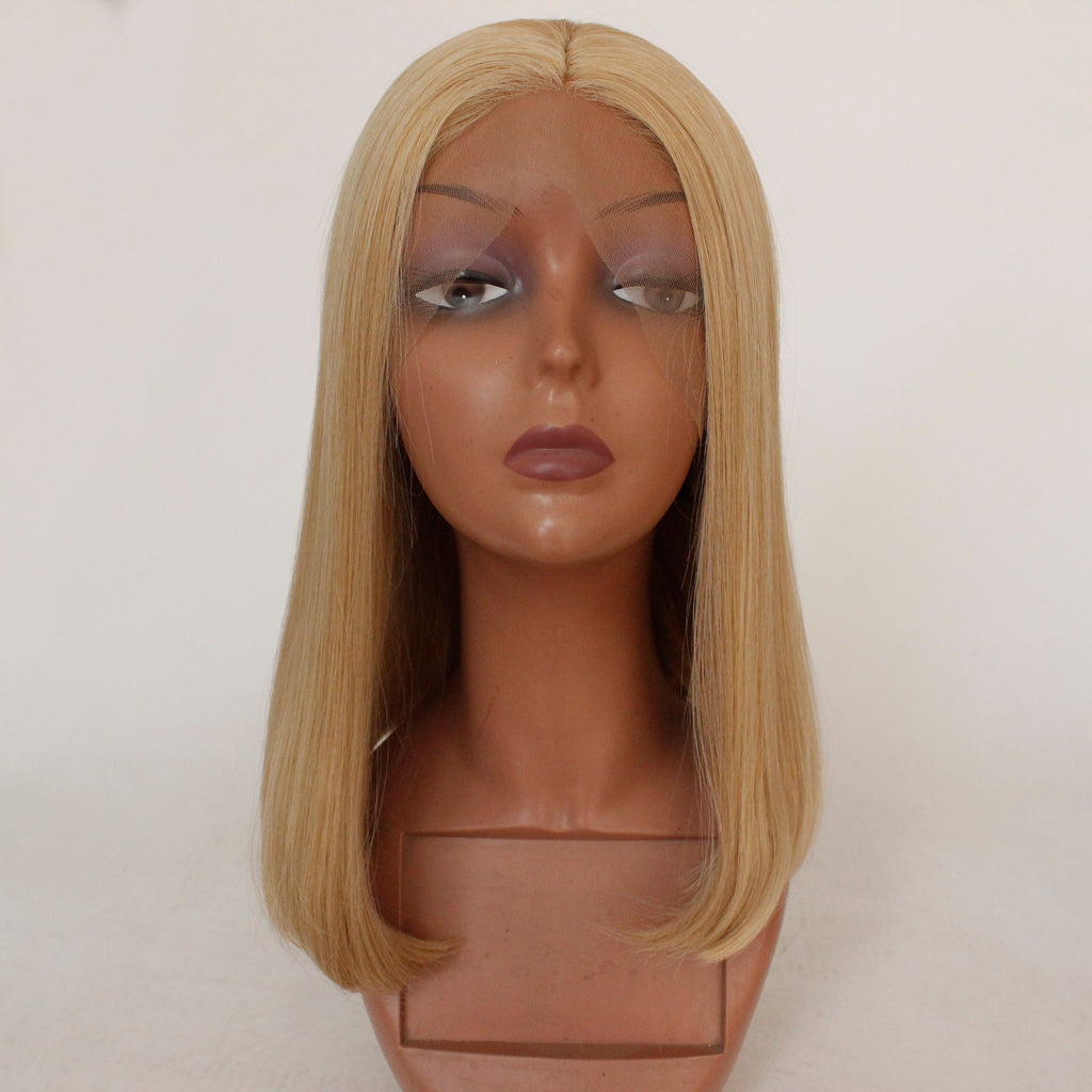 Slnwigs Blonde Wig Synthetic Short Straight Hair Middle Part Shoulder Slnwigs
