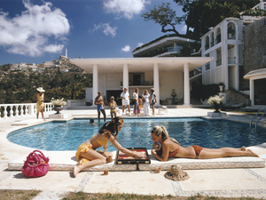 Load image into Gallery viewer, Poolside With Slim Aarons
