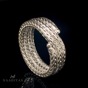 STERLING SILVER 9MM CURVED LINK RING www.JustNaadiyas.com