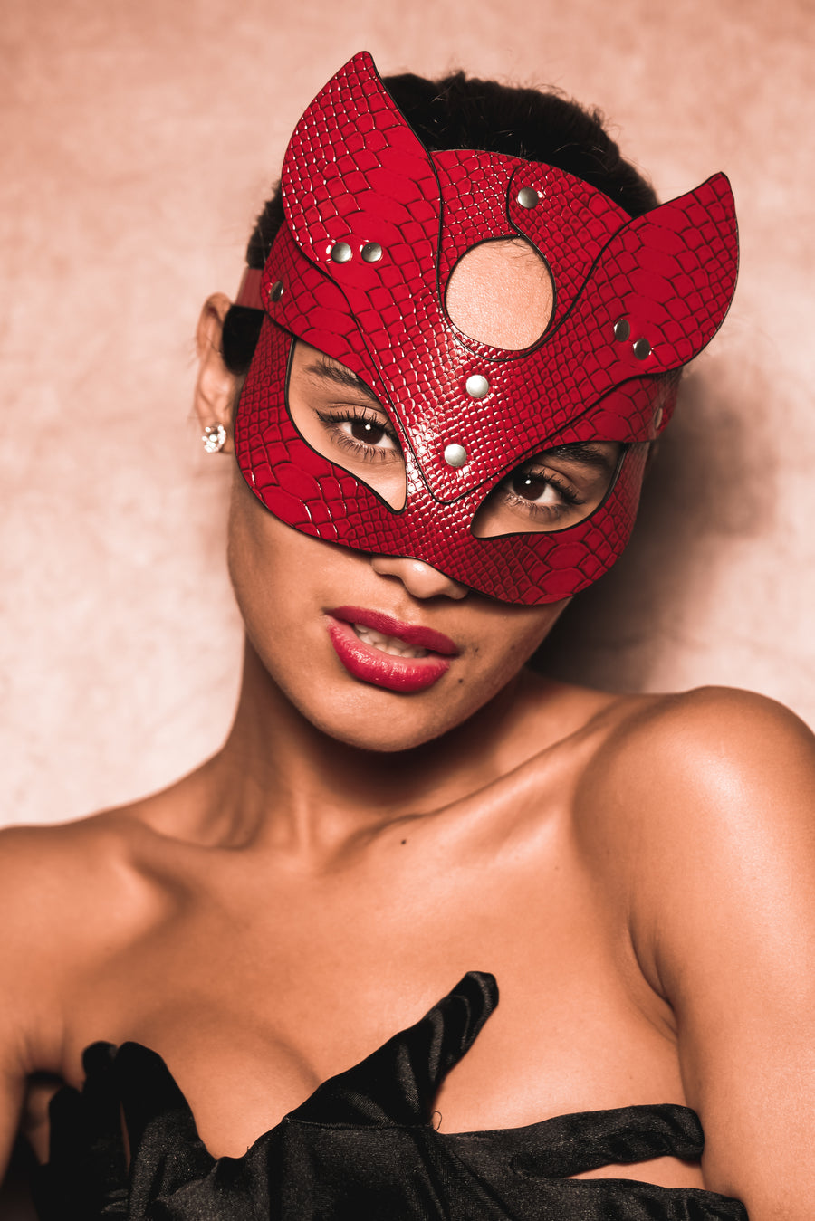 Snake Skin Cat Mask - Red